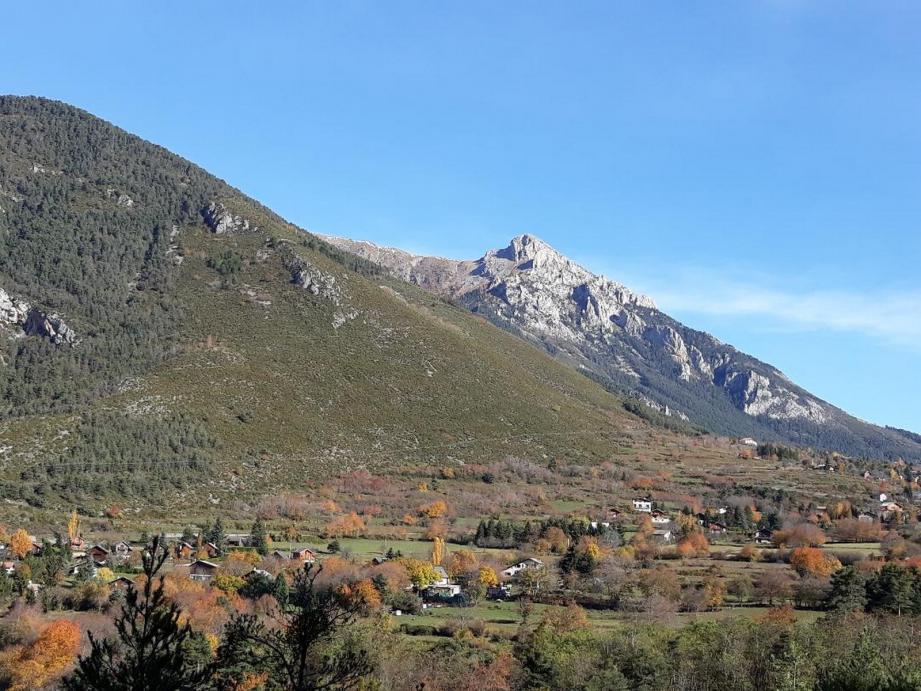 La réserve de chasse est située au dessus du hameau de Saint-Dalmas.