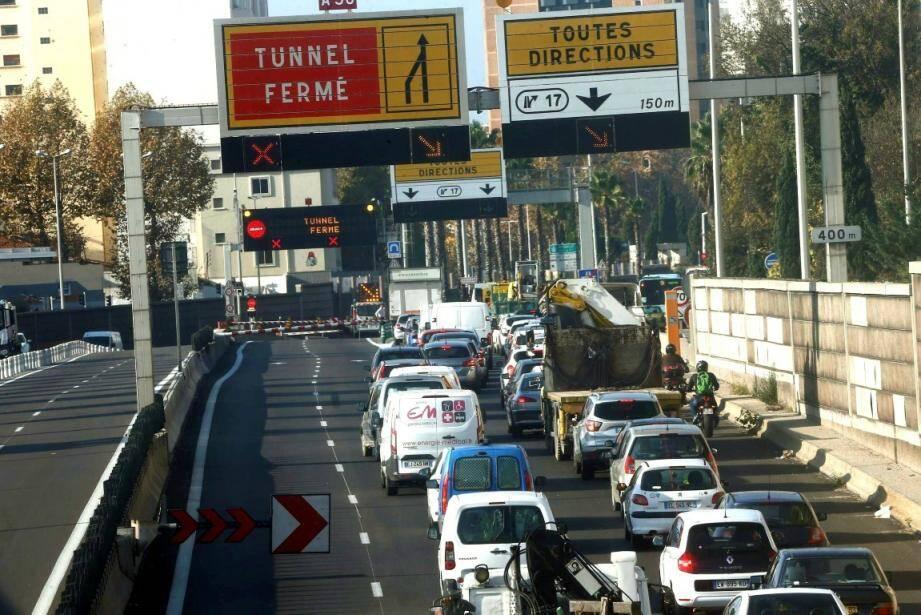 Le tunnel de Toulon est fermé pour des raisons techniques.