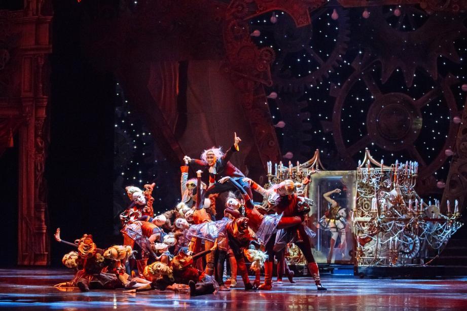 Un ballet en trois actes inspiré des contes du poète romantique allemand Ernst Hoffmann.