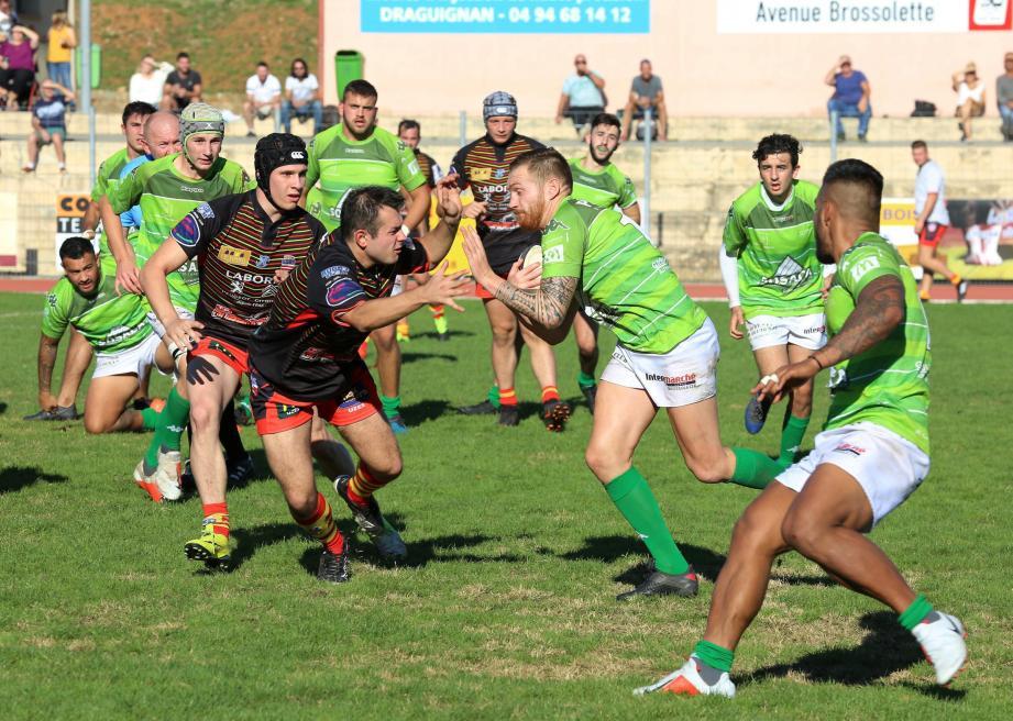 Les rugbymen dracénois auront l'avantage du terrain dimanche face à Six-Fours-Le Brusc.