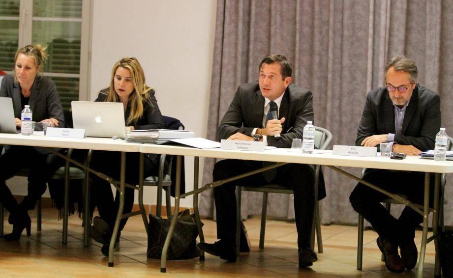 Absent lors du conseil reporté faute de quorum, le maire, Marc-Etienne Lansade, était bien présent, mardi, pour tenir la séance du conseil municipal.