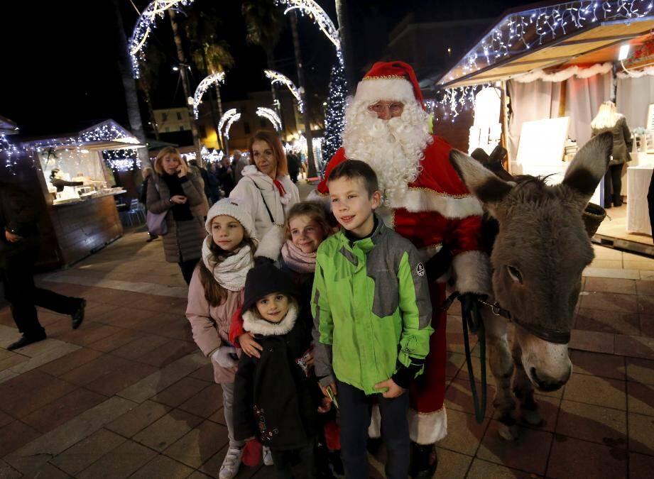 Le marché de Noël est ouvert jusqu'au 6 janvier.