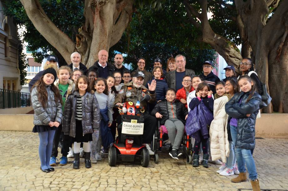 Le groupe des enfants du CLSH ont participé à des mises en situation de handicap.