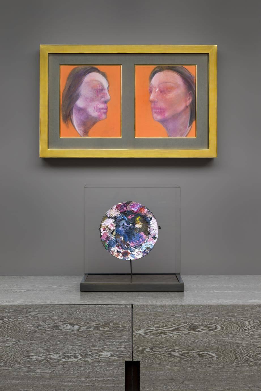 La fondation a recréé l'atmosphère de l'atelier parisien de Bacon en acquérant une partie du mobilier. Autre nouvelle pièce, le diptyque Studies of Isabel Rawsthorne de 1983.