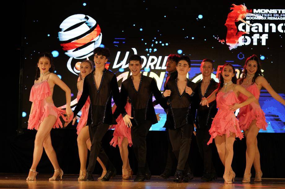 À l'image de ces danseurs, qui sont licenciés pour la plupart depuis leur plus jeune âge à la section, l'AS Monaco Danse Sportive permet aux enfants dès l'âge de sept ans, de prendre leurs premiers cours. (DR)