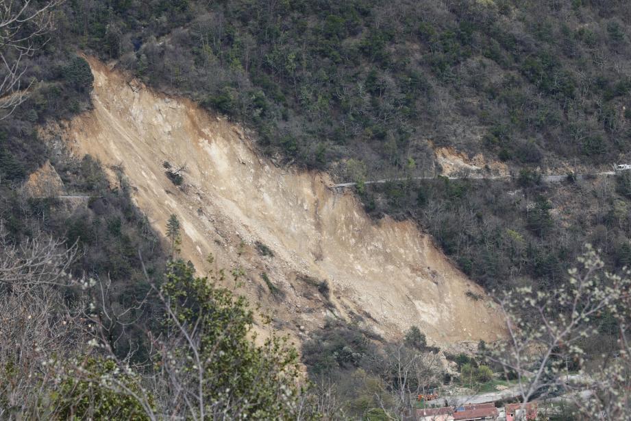 L'éboulement de Sospel isole les quartiers de Béroulf et de Sainte-Sabine depuis des mois.(DR)