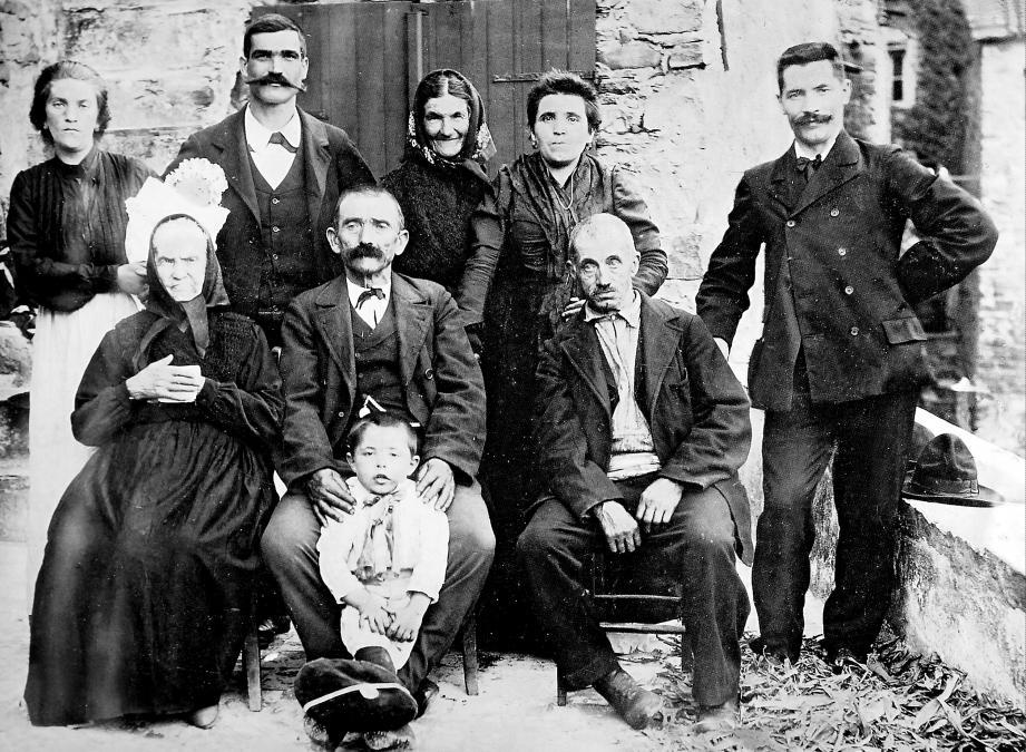 François, fondateur de Noaro Frères, et grand-père de Jean, vient avec sa famille de  Dolceacqua, et s'installe à Beausoleil.