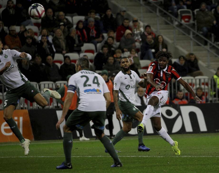 Pas de but entre l'OGC Nice et l'AS Saint-Etienne.