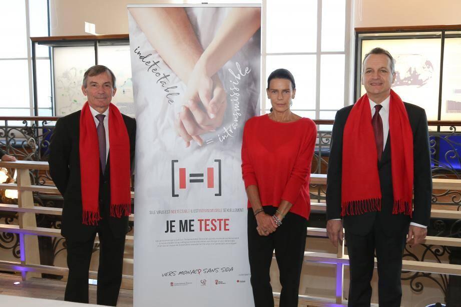 La princesse Stéphanie, avec Didier Gamerdinger et Georges Marsan ont signé le lancement d'une nouvelle campagne de communication.