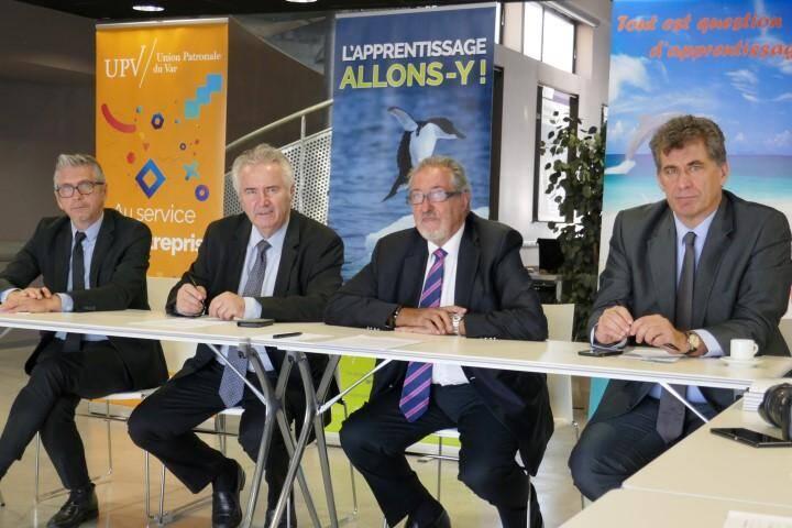 Jacques Bianchi et Gérard Cerruti, présidents de la CCIV et de l'UPV, et leurs équipes ont appelé une dernière fois les entreprises à se mobiliser massivement pour la collecte de la taxe d'apprentissage avant la réforme.