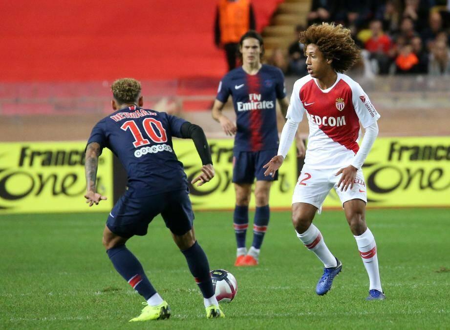 Massengo alors titulaire avec l'AS Monaco.