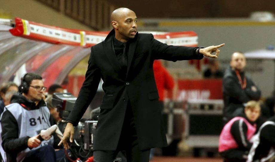 Thierry Henry sur le banc de l'AS Monaco.