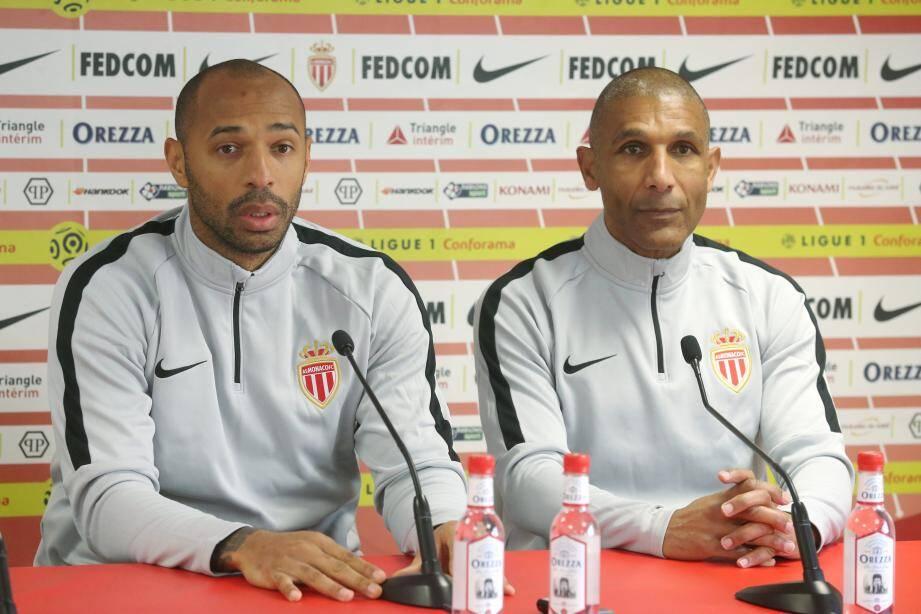 Thierry Henry et Franck Passi désormais unis sur le banc.