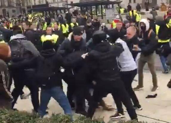 Des journalistes de LCI agressés à Rouen