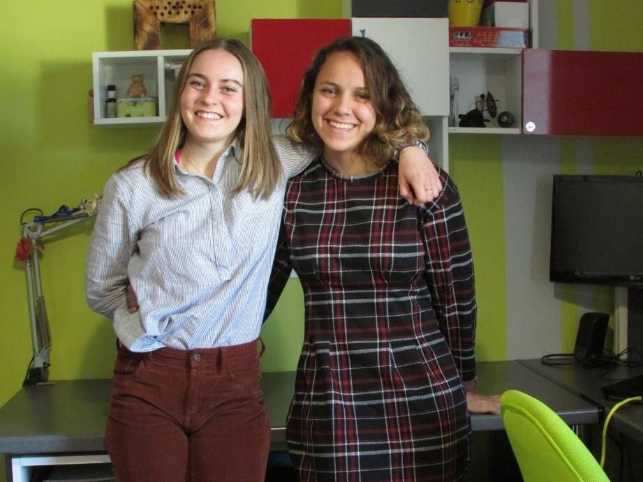 Une solide amitié unit Élise et Emma qui pratiquent le rugby. La première est en licence science et vie de la terre et souhaite devenir ingénieure en agronomie. La seconde est en deuxième année de Staps à La Garde.