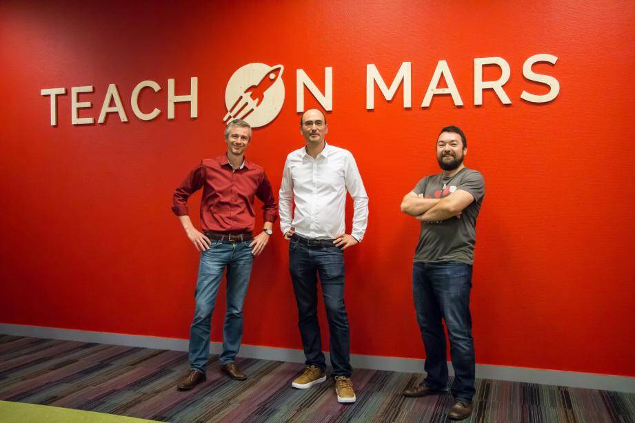 Les trois fondateurs de Teach on Mars ont mis leur fusée sur orbite.