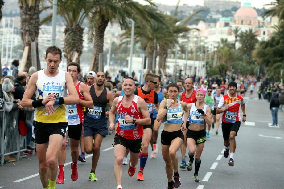 Ils devraient être près de 10 000 (record battu ?), ce matin, à s'élancer de la Promenade des Anglais.