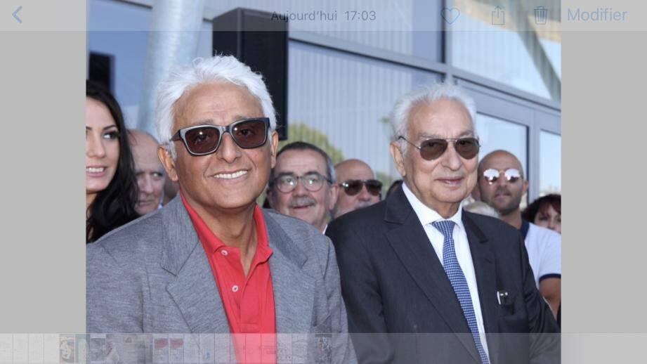 Patrick Partouche et son père Isidore, fondateur du groupe.