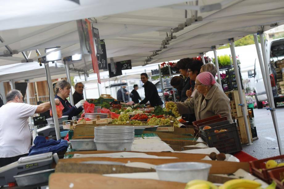 Les habitués du marché de la Bocca pourront faire leurs courses de manière plus confortable à terme.