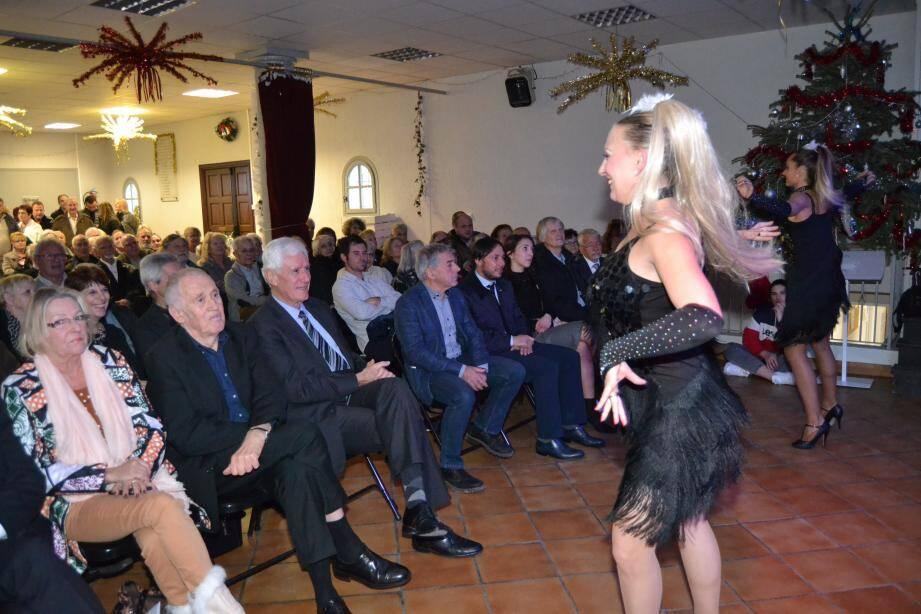 C'est en danse et en musique que le maire Gérard Branda a présenté ses vœux aux administrés.