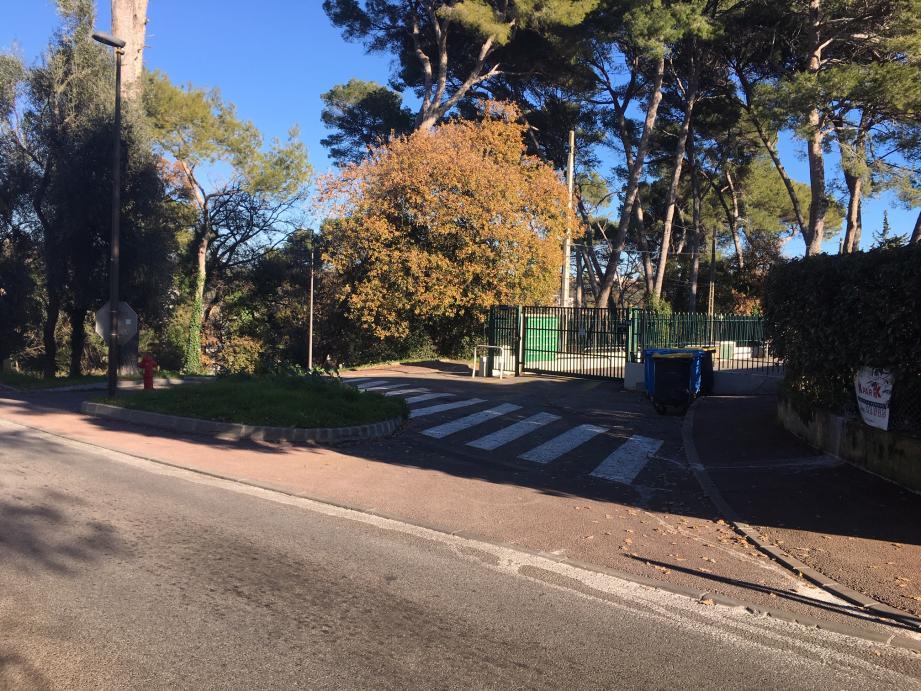 Le drame s'est noué dans une zone résidentielle de l'avenue Maurice-Chevalier, à La Bocca.