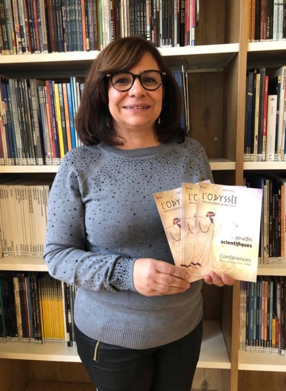 Rose-Marie Matton, la directrice de la bibliothèque municipale, est heureuse de proposer ce nouveau rendez-vous aux Mentonnais.