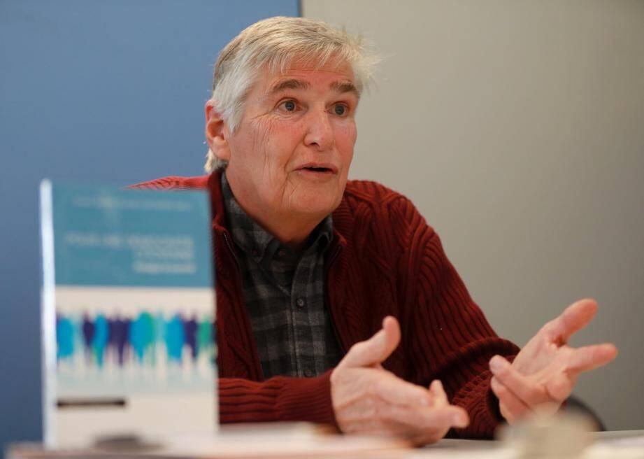 Jean-Claude Alberigo défend notamment l'idée d'une proportionnelle intégrale aux élections législatives.
