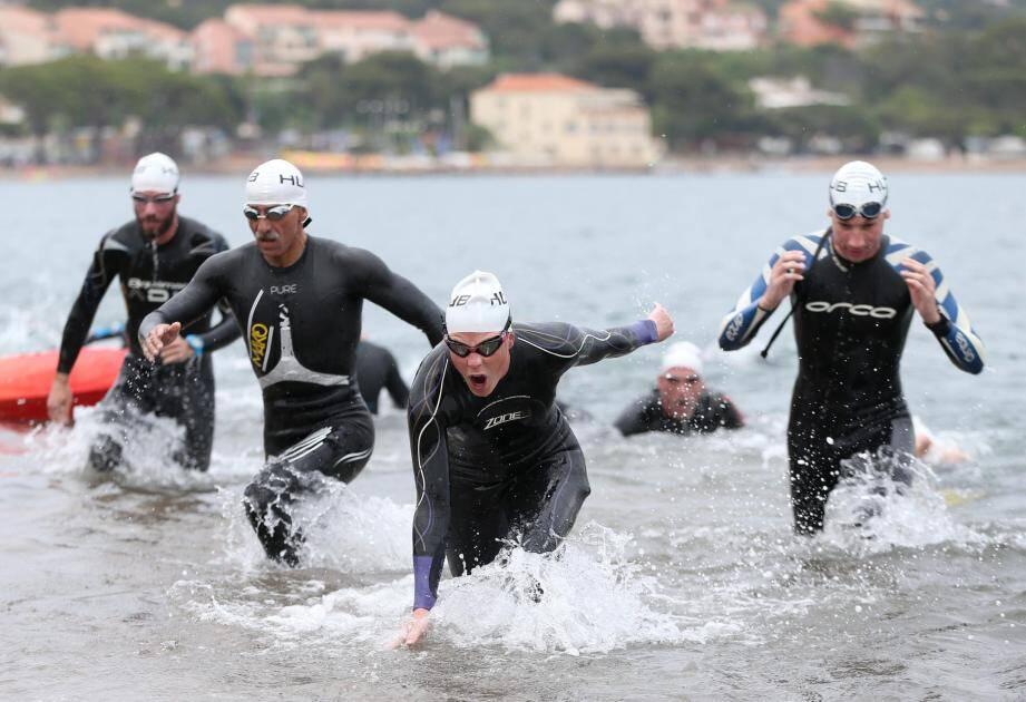 Après un exil à Agay, puis des années de sommeil, le triathlon de la Corniche d'Or fera son grand retour à St-Raphaël le 12 mai.