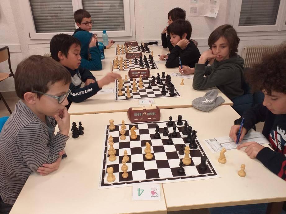 Cette année, plus de 120 participants étaient regroupés au collège Fénelon pour les championnats départementaux.(DR)