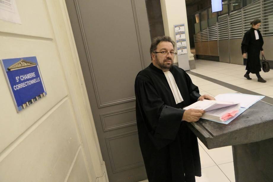 Lors du procès lundi à Nice, Me Olivier De Fassio, partie civile, a évoqué « la part d'ombre » d'un praticien mentonnais, par ailleurs apprécié.