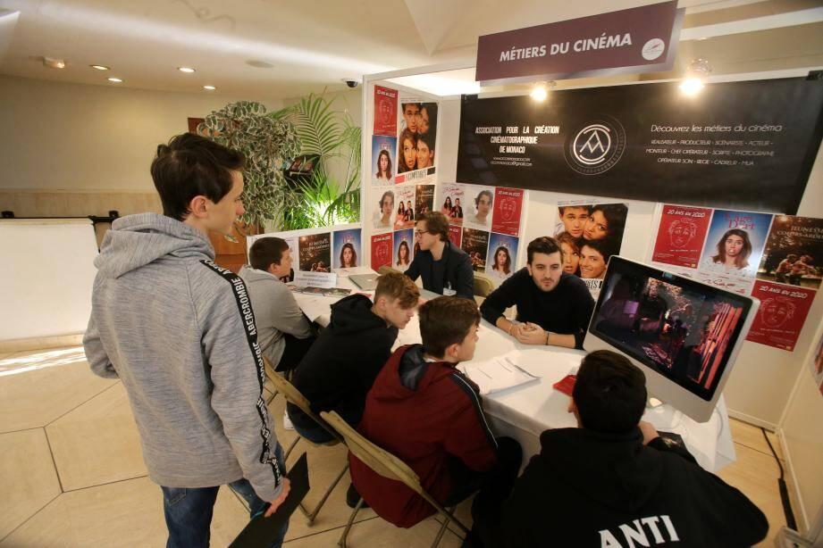 Les jeunes ont eu l'occasion d'échanger avec des professionnels.