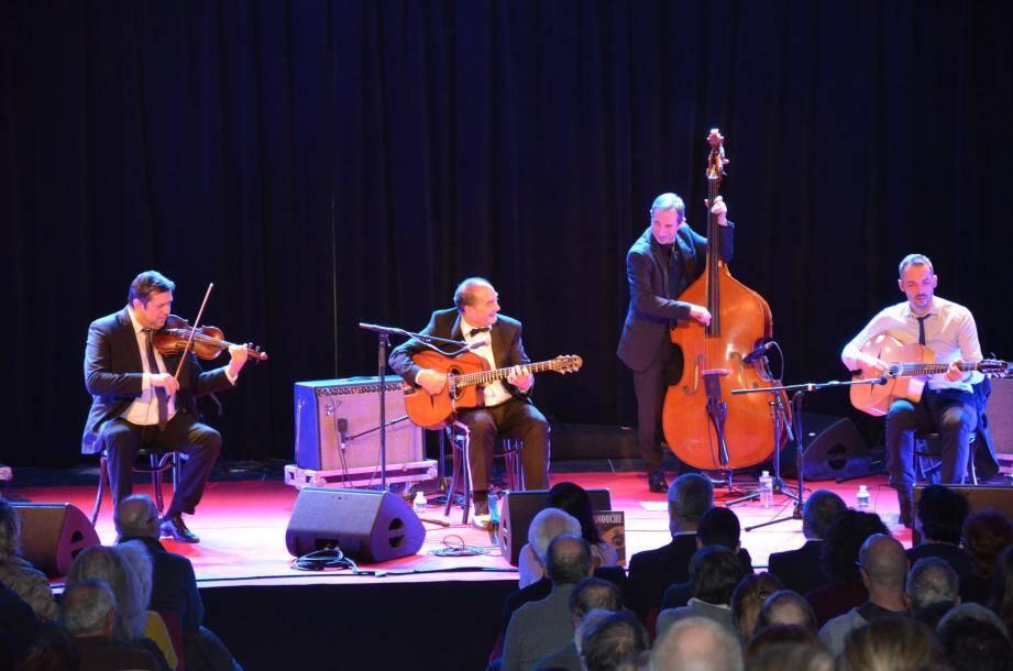 Un concert donné par Tchavolo Schmitt Quartet qui a fait salle comble au Centre culturel Prince Jacques.