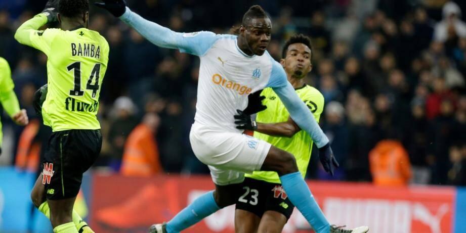 Mario Balotelli a inscrit son premier but avec Marseille vendredi soir