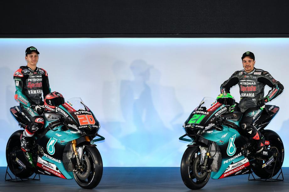 Fabio Quartararo (à gauche) et son coéquipier italien Franco Morbidelli, prêts à démarrer.