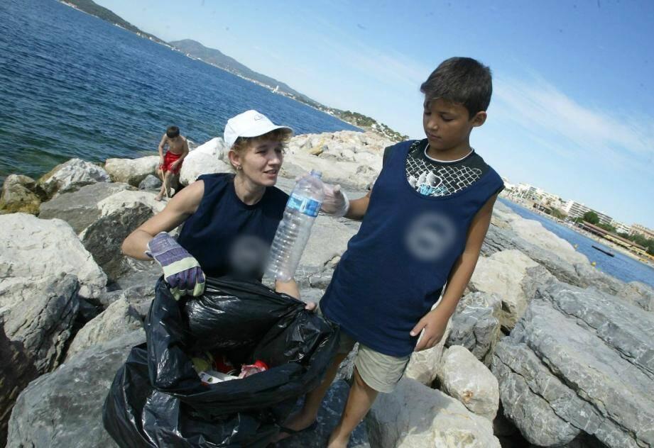 Une collecte de déchets plastiques est organisée au Mourillon.