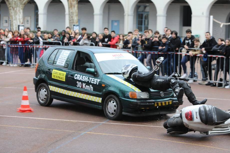 Un crash-test au lycée Calmette.