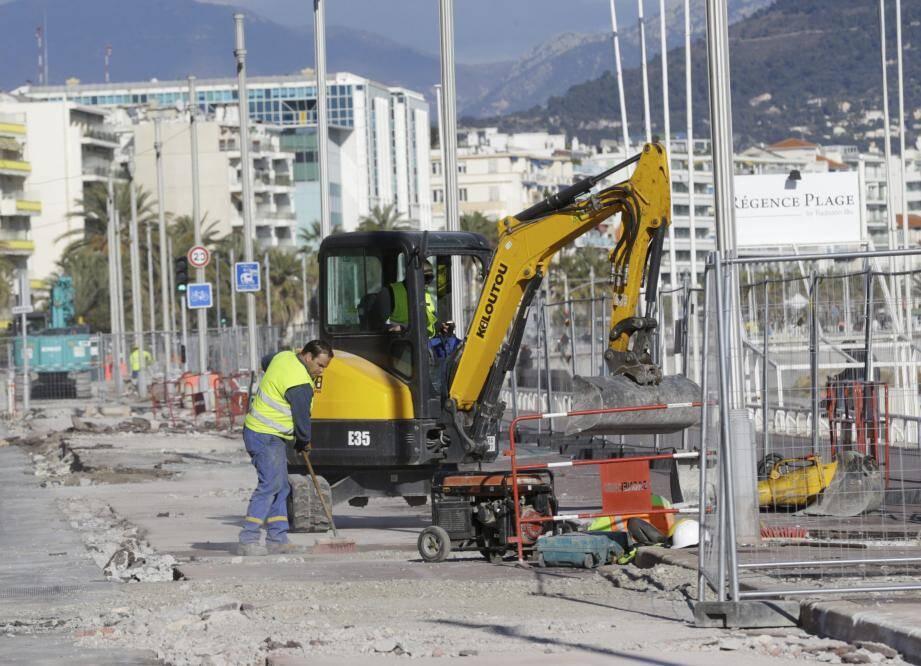 La 3e et dernière phase du chantier a débuté entre Lenval et Carras.