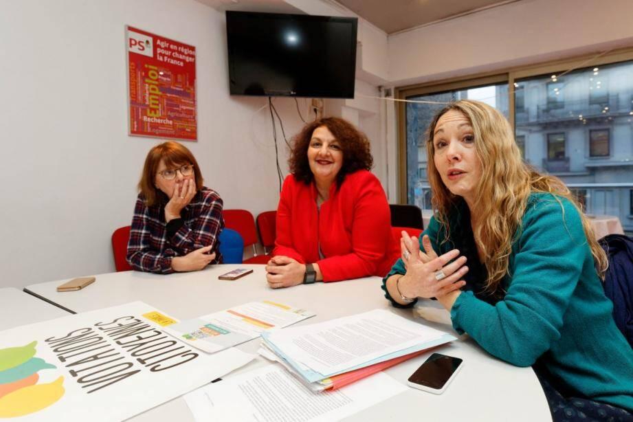 Annie Luciani, Viviane Driquez et Magali Brunel à la section du PS toulonnais.