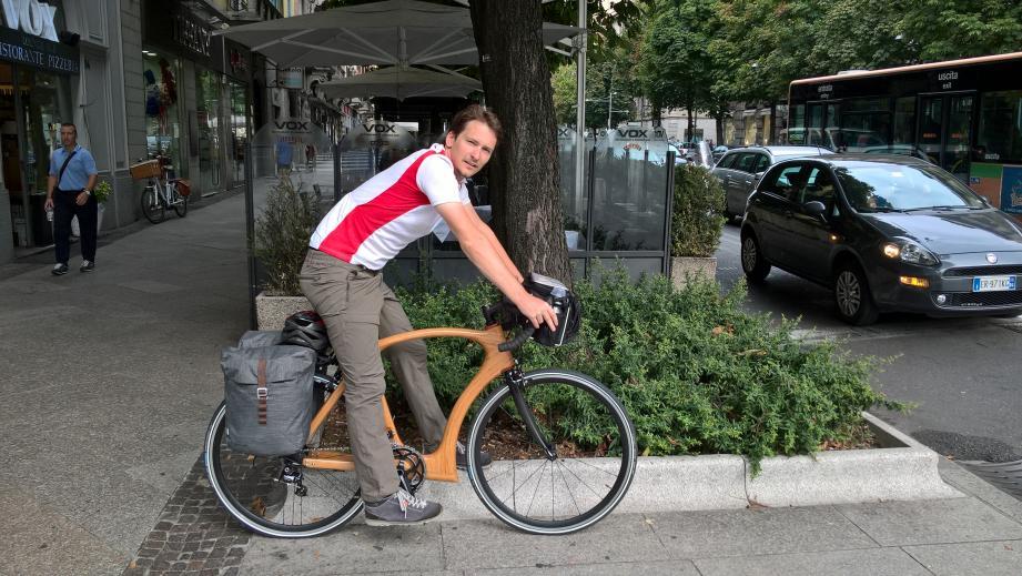 Vélos en bois