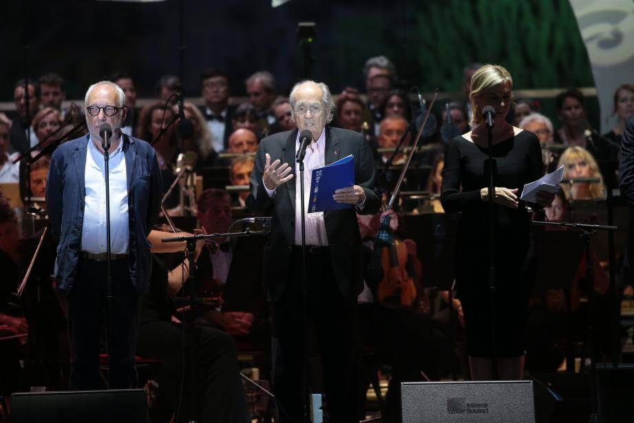 Michel Legrand lors de la cérémonie d'hommage aux victimes de l'attentat de Nice en 2017.