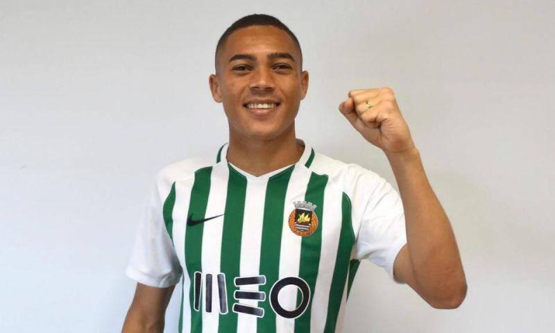 Carlos Vinicius.