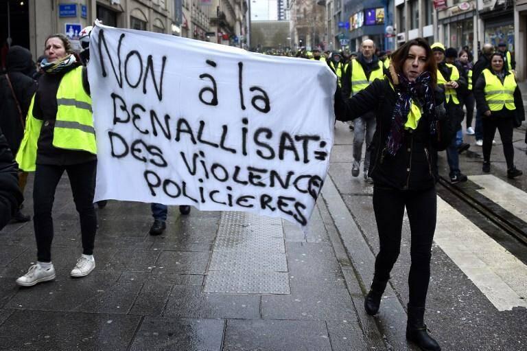 L'acte 12 était dédié aux manifestants blessés par la police.