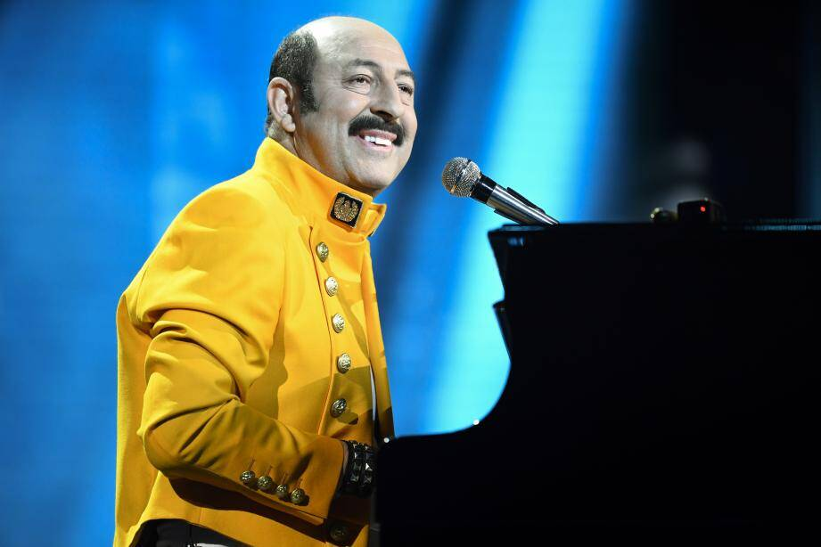 French actor and master of ceremony Kad Merad performs during the 44th edition of the Cesar Film Awards ceremony at the Salle Pleyel in Paris on February 22, 2019. (Photo by Bertrand GUAY / AFP)