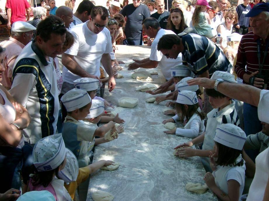 Au programme des vacances de février, comme en été, des ateliers culinaires pour enfants et ados au centre de loisirs.
