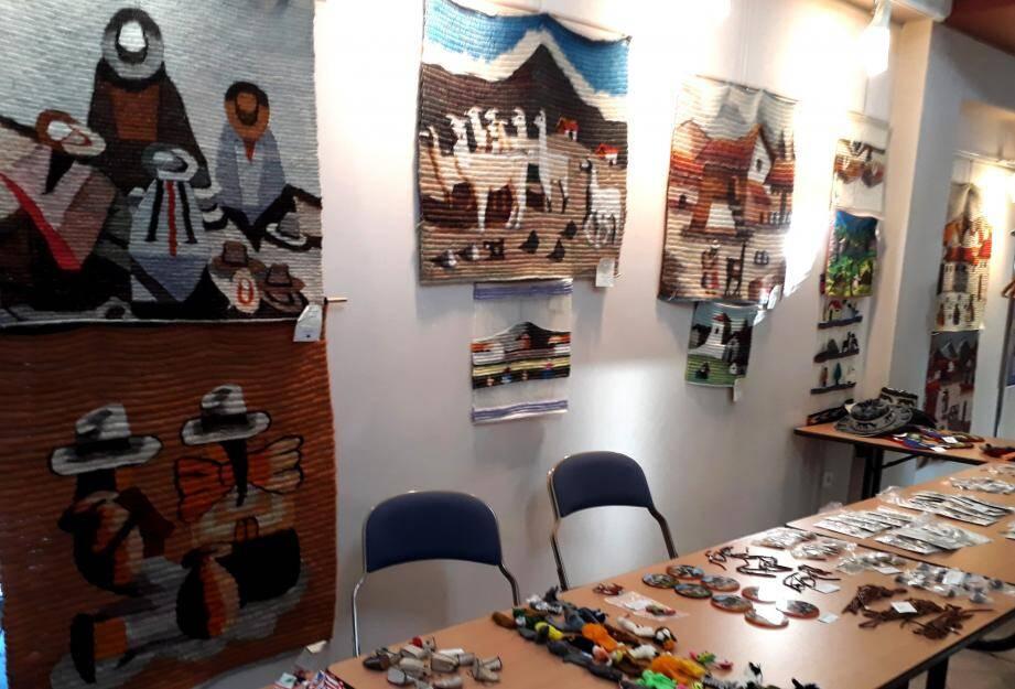 De nombreux objets de l'artisanat indien sont en vente jusqu'au 8 février.