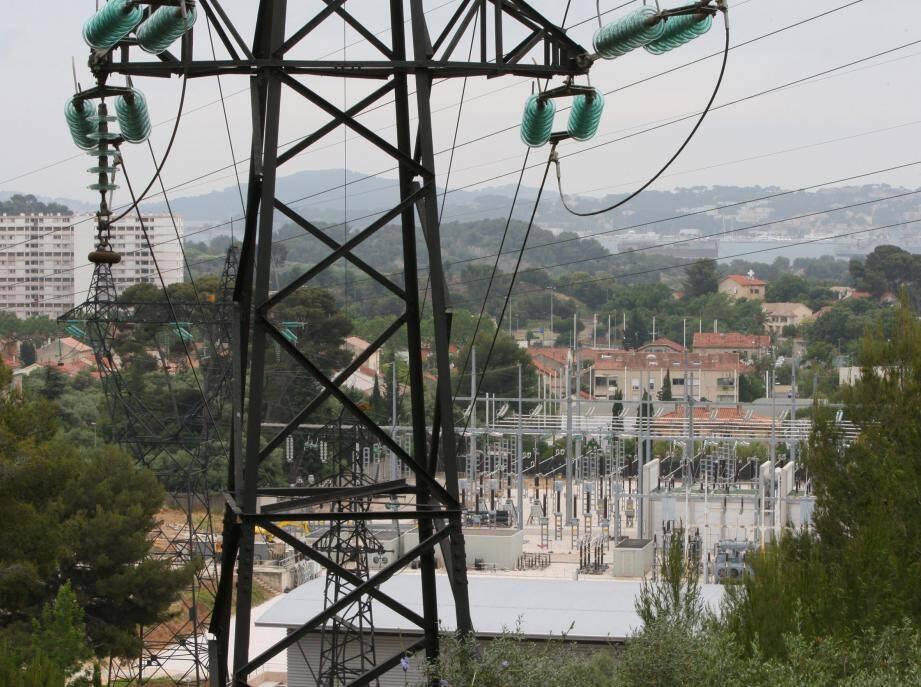 Le poste d'électricité de l'Escaillon, à l'ouest de Toulon.