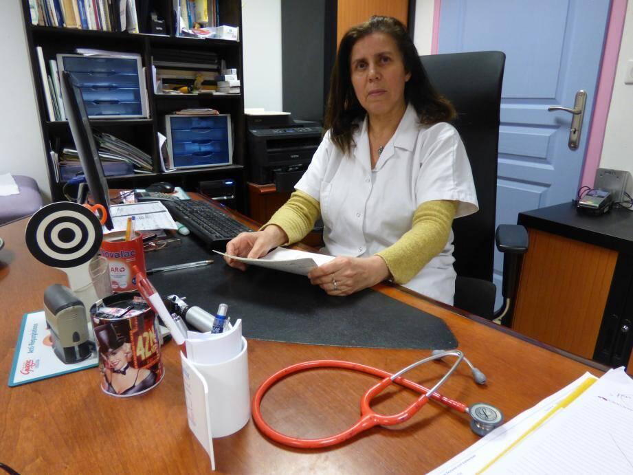 Le Dr Hassina Boutiti a saisi un avocat afin de défendre la cause de ses jeunes patients.