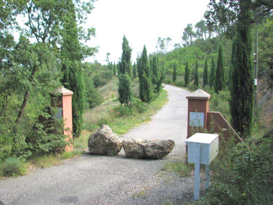L'association « A Pedibus » reste mobilisée pour la réouverture du chemin du Moulin.