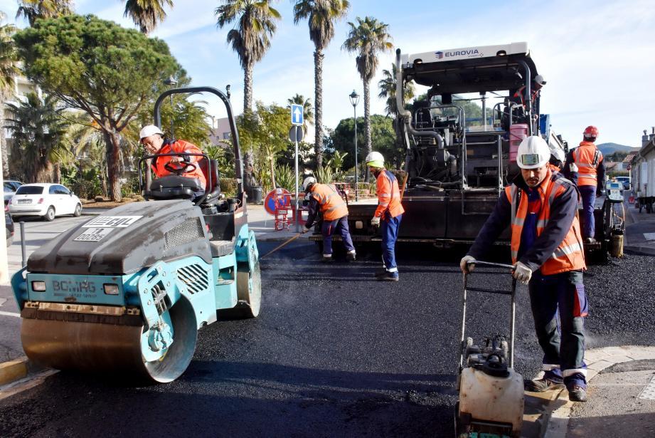 Les travaux de goudronnage ont été réalisés vendredi et seront suivis cette semaine par les marquages au sol.
