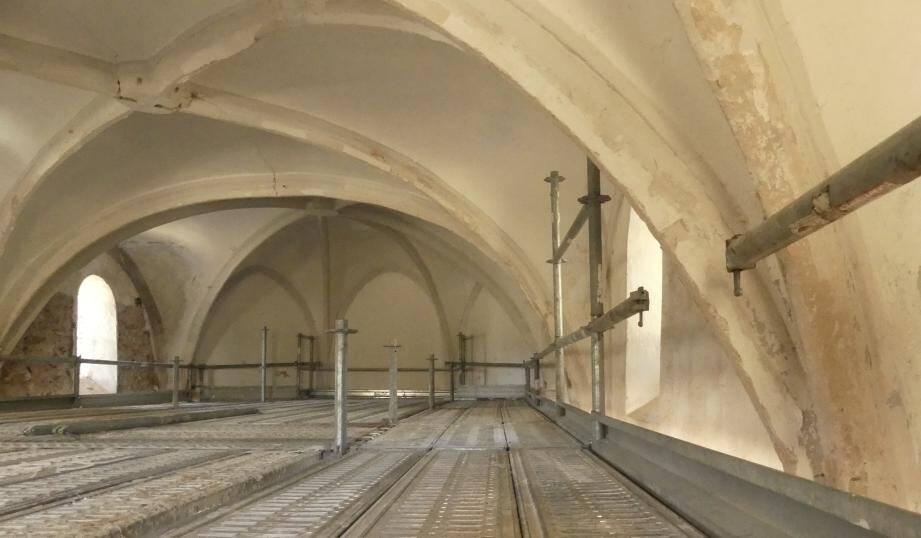 La chapelle a été construite en 1623 et ouvre le Chemin des Roys.